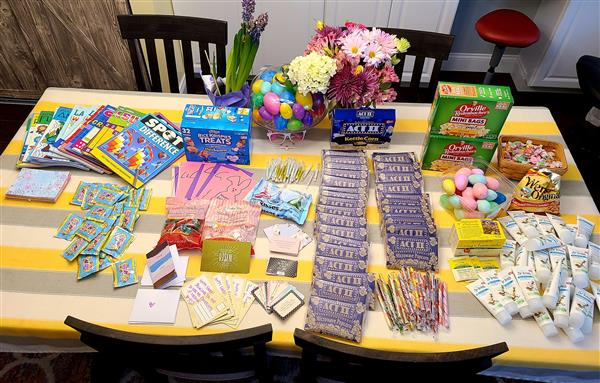District Families Create Care Packages for Local Seniors