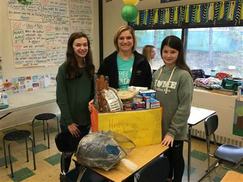 Claggett Students and Staff Making Thanksgiving Food Baskets