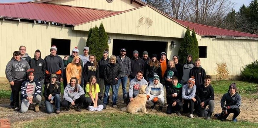 Medina Rugby Hosts Day of Caring